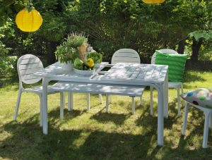 Erica Garden Chair NZ - White, with Alloro Table