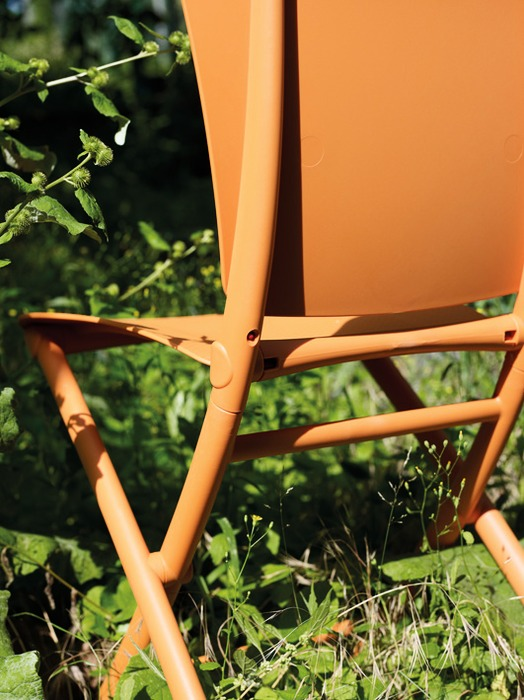 Zac Classic Chair – Close up on Folding Mechanism