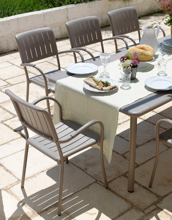 Maestrale 9 Piece Outdoor Dining Setting (Taupe) – Musa Chairs