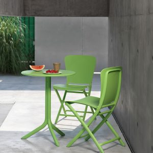 Spritz Table & Zac Chairs on Patio - Lime Green