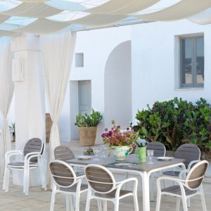 Alloro 140 Extendable Outdoor Dining Set - Taupe & White